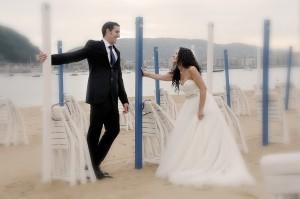 Fotografía de boda en la playa (Donostia)