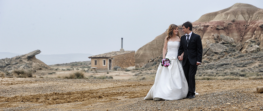Reprotaje de boda en las Bardenas. Navarra.